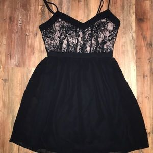 Forever 21 Mini Dress Size Small